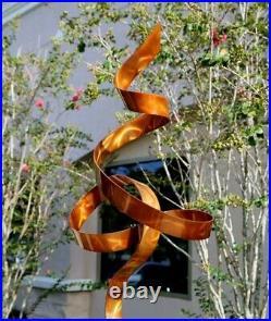 Freestanding Metal Sculpture Modern Indoor Outdoor Statue Yard Art Decor