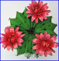 Metal Yard Art Barrel Cactus With Flowers Sculpture 20 Diameter Green
