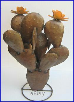 Metal Yard Art Prickly Pear Cactus Sculpture 28 Tall Brown 3d