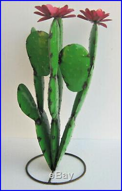 Metal Yard Art Prickly Pear Cactus Sculpture 28 Tall Green 3d