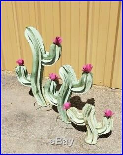 Metal Yard Art Wavy Saguaro Cactus Sculpture With Flower Set Of 3