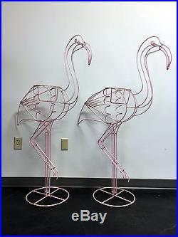 Vintage Large Metal Wire Frame Pink Flamingo Planter